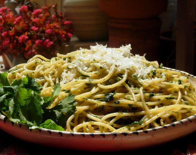 Cilantro Spaghetti 70001
